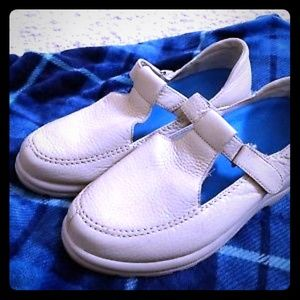 1/8  Dr. Comfort Womens Size 8 1/2XW Shoe